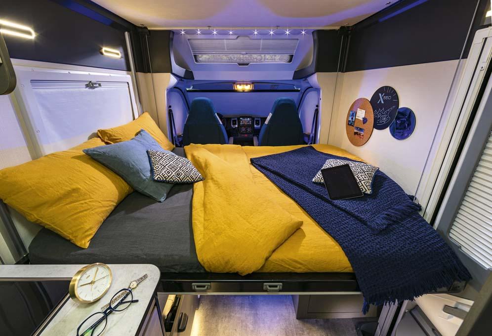Drop down bed X550