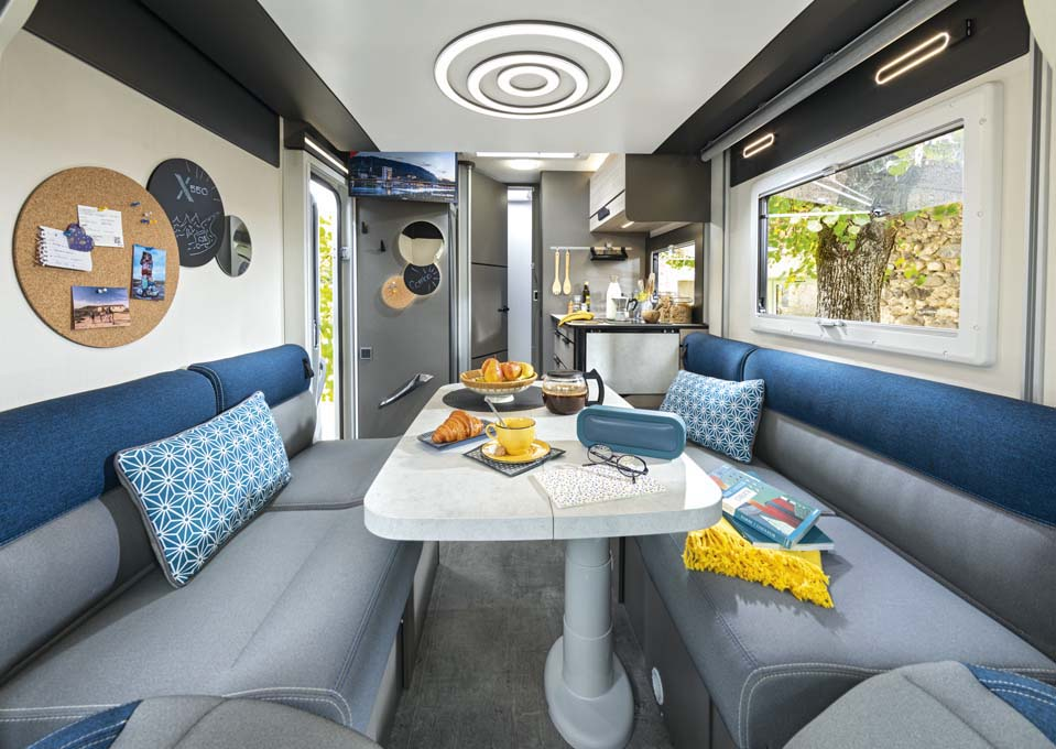 Smart Lounge